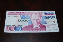 1996 Türkei 1,000,000  Lira  / 7. Emisyon 2. Tertip Serie : L  / UNC - Turquie