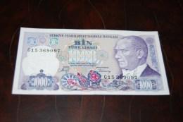 1988 Türkei 1000 Lira  / 7. Emisyon 2. Tertip Serie : G  / UNC - Turquie