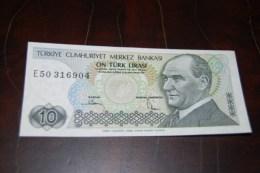 1982  Türkei 10 Lira  / 7. Emisyon 2. Tertip Serie : E  / UNC - Turquie