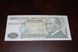 1979  Türkei 10 Lira  / 7. Emisyon 1. Tertip Serie : B  / UNC - Turquie
