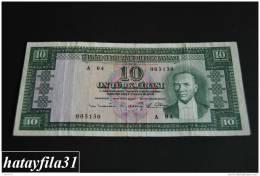 1952 Türkei - 10 Lira /  5. Emisyon 1. Tertip - Serie  A 04 - Gebraucht , Geld Auf Dem Foto  Bekammen Sie - Turkey
