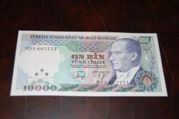 1989 Türkei 10,000  Lira  / 7. Emisyon 3. Tertip Serie : H 33  XXX  / UNC - Turkey