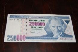 1998 Türkei 250,000  Lira  / 7. Emisyon 3. Tertip Serie : I  / UNC - Turquie