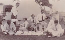 GROUP OF MEN OUTSIDE TENT - Cartes Postales