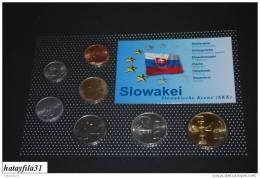 KMS - SLOWAKEI / Versch. Prägejahre. Eingeschweißt - Kompl. Ausg. - Slowakei