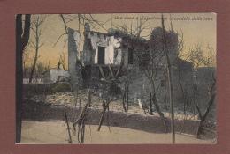 Italia - VESUVIO - Une Casa Boscotrecase Cicondata Dalla Lava - Italia