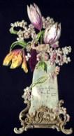 CPA ANCIENNE FRANCE- CÉLULOÏD GAUFRÉ DÉCOUPÉ- FORMAT 19 X 10-  VASE DE FLEUR AVEC POISSON D'AVRIL- 2 SCANS - Cartes Postales