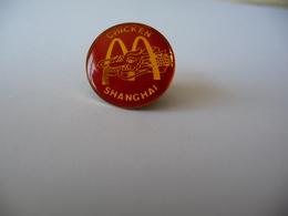 Pin's MAC DONALD'S SHANGHAI - McDonald's