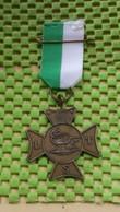 Medaille / Medal - Medaille  Nederland  -  Wandeltocht Van De L.T.S School 1963 - Sports