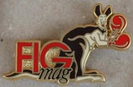 FIG MAG - JOURNAL - ZEITUNG - NEWPAPER - KANGOUROU AVEC DES GANTS DE BOXE - ARTHUS BERTRAND PARIS   -      (20) - Medias