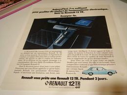 ANCIENNE PUBLICITE VOITURE 12 Tr DE  RENAULT 1972 - Cars