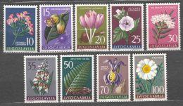 Yugoslavia Republic 1957 Flowers Mi#812-820 Mint Hinged - 1945-1992 Socialistische Federale Republiek Joegoslavië