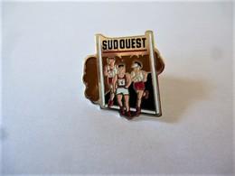 PINS SUD OUEST COURSE A PIEDS / La Boite A Pins / Base Dorée / 33NAT - Athletics
