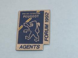 Pin's FORUM DES AGENTS PEUGEOT, PIECES D ORIGINE - Peugeot