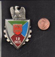 """Militaria / France / Insigne (pucelle) """" 12éme Régiment De Commandement De Soutien """" RCS / Verso Delsart G2693 - Heer"""