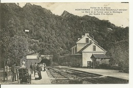 08 - MONTHERME CHATEAU REGNAULT BOGNY / LA GARE ET LE TUNNEL - Montherme