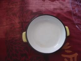 Plat Rond Tôle émaillé Année 50/60 - Dishes