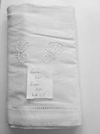"""Très Joli Drap Ancien Brodé """" Monogramme C P """"  Hauteur Des Lettres 8 Cm  Dimensions : 340 X 200 - Bed Sheets"""