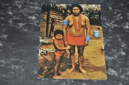 2648   Indiaanse Vrouw Met Kind - Surinam