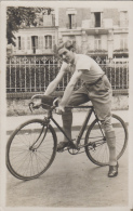 Sports - Photographie - Carte-Photo - Cycliste Vélo - Jeune Homme - Paris ? - Ciclismo