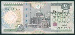 EGYPT / 20 POUNDS / DATE : 23-12-2010 / P- 65 D-k (2) / SIG : OKDA / PREFIX 229 / UNC. - Egypte