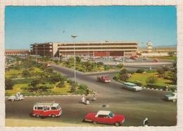 8AK1588  Arabie Saoudite-Jeddah Airport(autos:van WW...) 2 SCANS - Arabie Saoudite