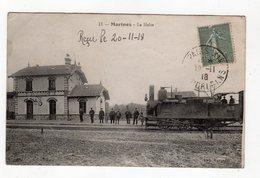 11 - Marines - La Halte , Beau Plan Locomotive En Gare - 95 - - Marines