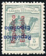 SAHARA. ** 36. Tipo VI. Sobrecarga Horizontal Invertida (azul) Y Vertical De Abajo Hacia Arriba (roja). Gálvez Nº 8 - Spanish Sahara