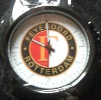 Hoogwaardig Feyenoord-horloge - Montres Modernes