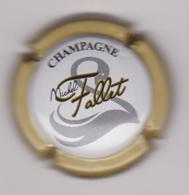 Capsule Champagne FALLET Michel ( 9d ; Contour Beige ) {S34-18} - Champagne