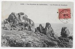 (RECTO / VERSO) LESCONIL EN 1906 - N° 3428 - LES ROCHERS - LA POINTE DE GOUDOUL AVEC PERSONNAGES - CPA VOYAGEE - Plobannalec-Lesconil