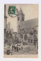 Bourges. Place Et église Notre Dame. Sortie De Messe. Foule Endimanchée. (3040) - Bourges