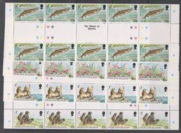 Falkland Islands 1997 Endangered Species 4v Strip Of 5 Gutter (unfolded) ** Mnh (F7200) - Falklandeilanden