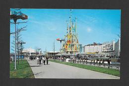 EXPOSITIONS - NEW YORK WORLD'S FAIR 1964-65 - AVENUE OF COMMERCE AT THE WORLD'S FAIR - Expositions