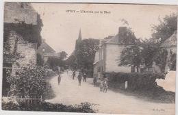 Calvados :  Près Vire : ESTRY : L Arrivée  Par Le  Theil - France