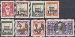 VATICANO - 1933 - Lotto Otto Valori Nuovi MH: Yvert 44, 45, 46, 47, 48, 50, 51 E 53, Come Da Immagine. - Neufs