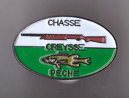 PIN'S THEME CHASSE  PECHE  A  CREYSSE  EN DORDOGNE - Unclassified