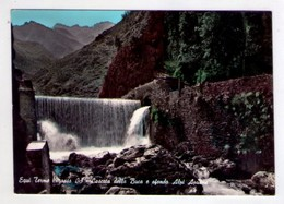Cartolina Equi Terme (Massa Carrara) - Cascata Della Buca E Sfondo Alpi Apuane. 1964 - Carrara
