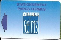 CARTE DE STATIONNEMENT  BANDE MAGNÉTIQUE VILLE DE REIMS 51 MARNE - Francia