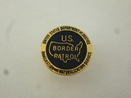PINS  US BORDER PATROL UNITED STATE DEPARTMENT OF JUSTICE  IMMIGRATION NATURALISATION SERVICE / 33NAT - Administrations