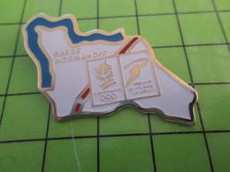 412E Pin's Pins / Beau Et Rare : Thème JEUX OLYMPIQUES / ALBERTVILLE 92 PARCOURS DE LA FLAMME REGION NORMANDIE - Olympic Games