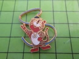 412E Pin's Pins / Beau Et Rare : Thème JEUX OLYMPIQUES / SEOUL 1988 TIGRE MASCOTTE RUBAN - Olympic Games