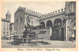 Italie -  Emilia-Romagna - Bologna - Bologna - Piazza Del Nettuno - Palazzo Re Enzo - Bologna