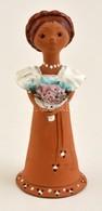 Kati Jelzéssel: Lány Virággal, Mázas Kerámia Figura, Hibátlan, Apró Lepattanással, M: 20 Cm - Ceramics & Pottery