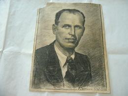 DISEGNO A CARBONCINO RITRATTO UOMO SIGNORE FIRMATO V.TOMMASINI 1947 - Disegni