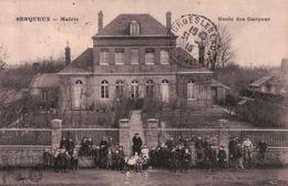 CPA 52 SERQUEUX Mairie Ecole De Garçons - France