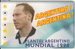 ARGENTINA(chip) - Mundial 1998/Roberto Nestor Sensini, Telefonica Telecard(F 116), Chip GEM1a, Tirage 50000, 06/98, Used - Argentine