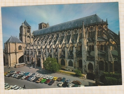 8AK1648 BOURGES CATHEDRALE ST ETIENNE VOITURES  2 SCAN3 - Bourges