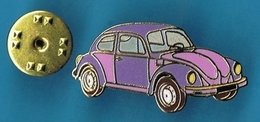 1 PIN'S //   ** TRÈS BELLE COCCINELLE / VOLKSWAGEN / BICOLORE ** . (Tablo Paris) - Volkswagen