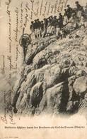 BATTERIE ALPINE DANS LES ROCHERS DU COL DE FOURS UBAYE - Guerre 1914-18